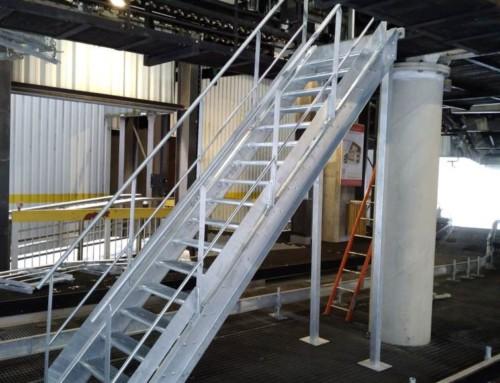 Escalier accès machine